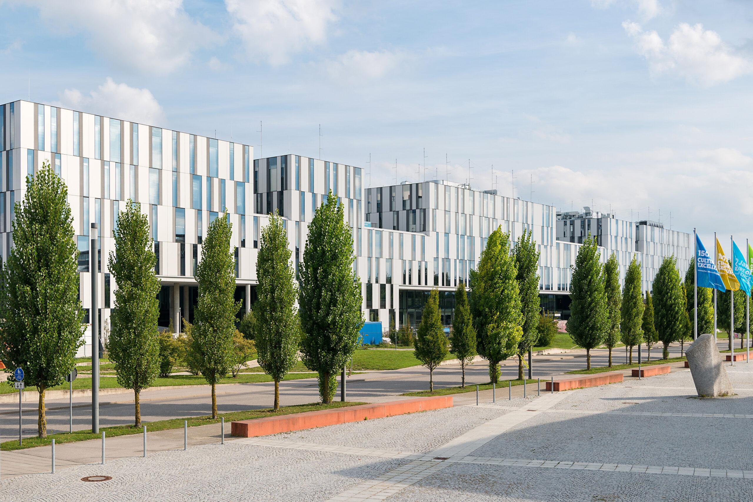 Unruhige Zeiten am Campus Garching — Galileo Eröffnung droht!